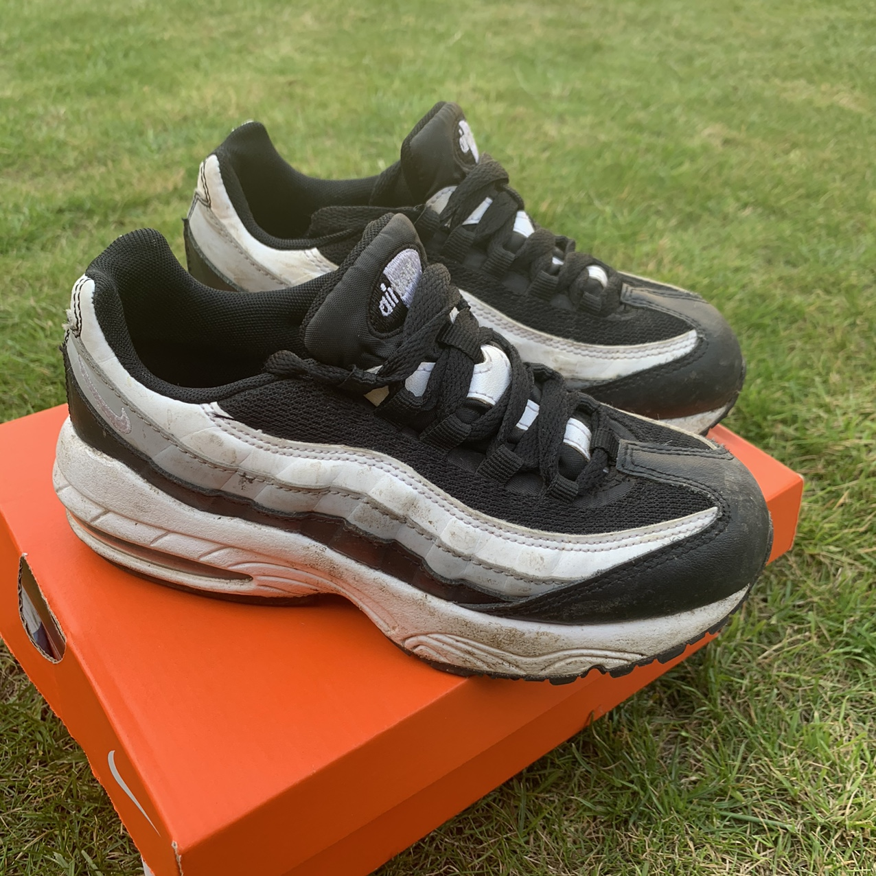Nike air max 95 kids size 13 - very