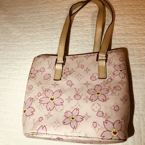 Vintage baby pink louis vuitton bag with flower this bag to depop mightylinksfo