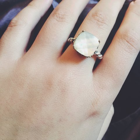 bb1ec25c0 @laurenmawer. 2 years ago. Hull, UK. Genuine mother of pearl Pandora ring. Size  56.