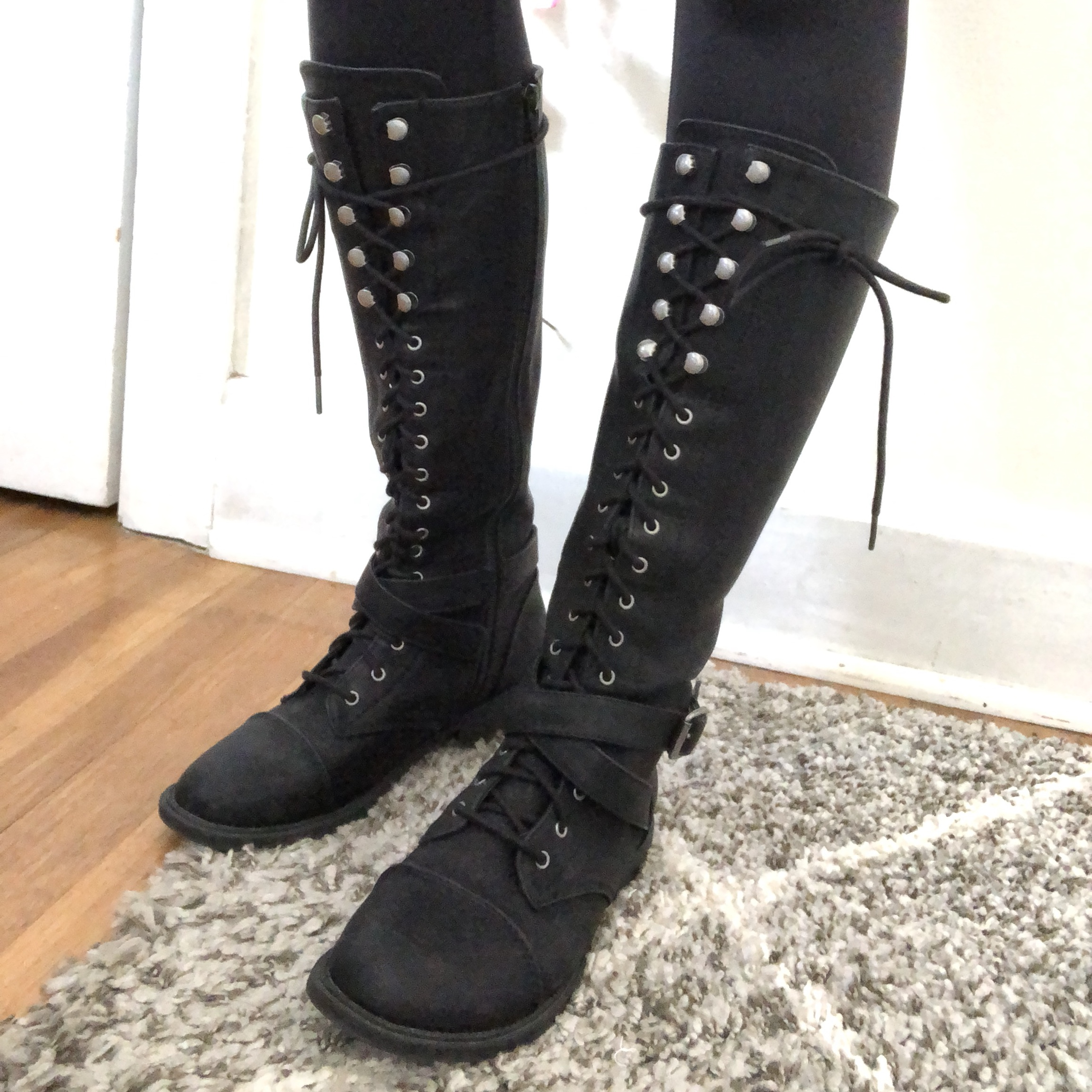 target boots. Wore these maybe - Depop