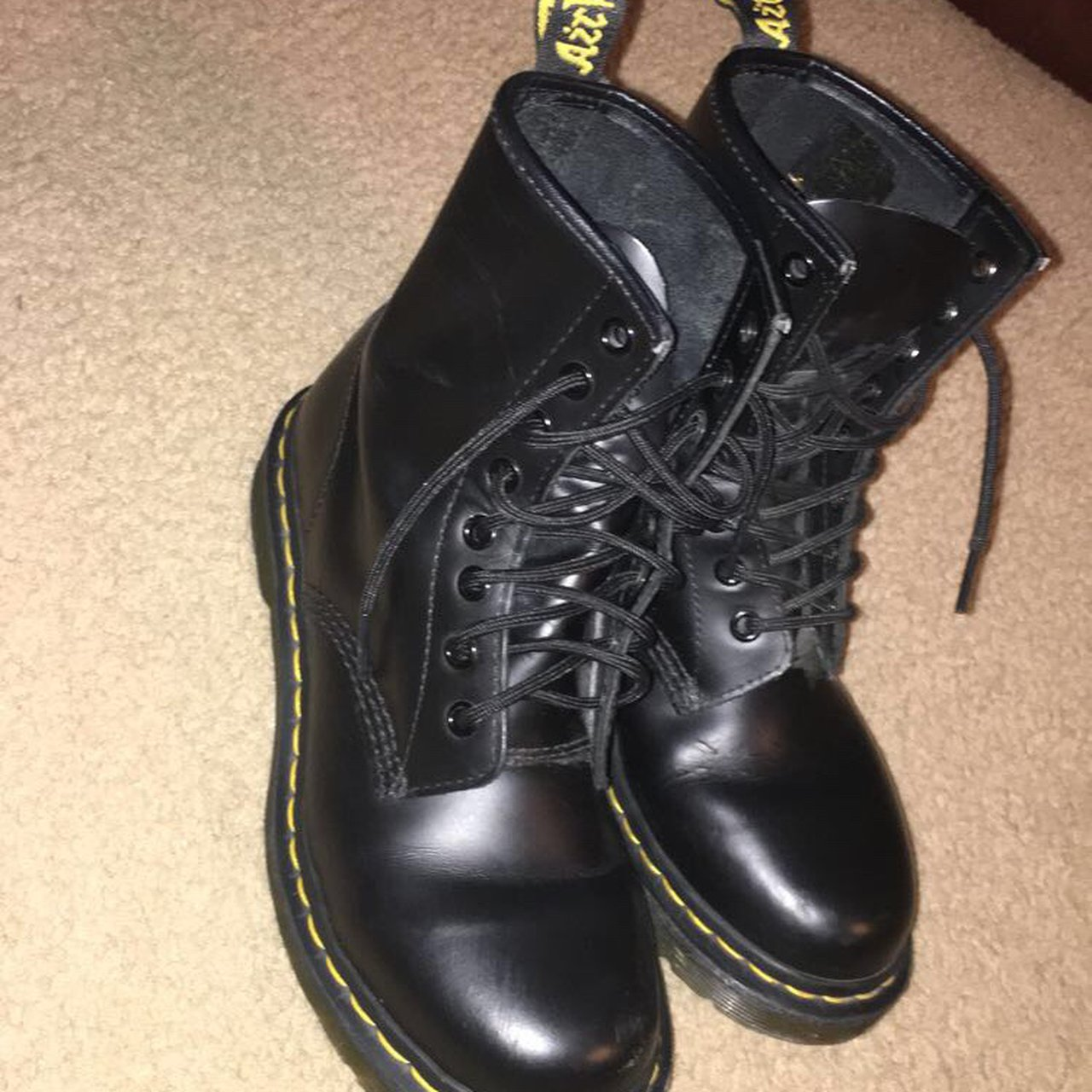 Used Dr. Martens size 7 women's! These