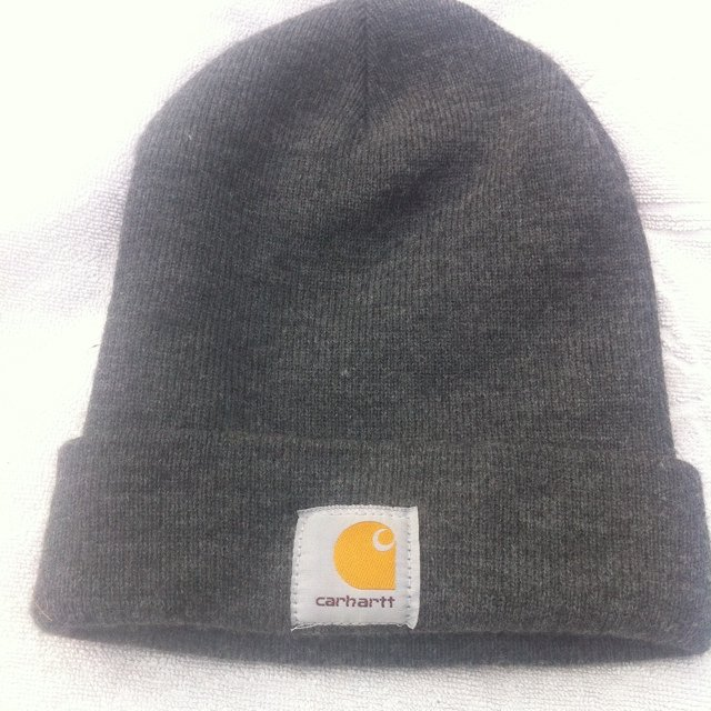 c03ffe4c4cd8a Grey Carhartt beanie. Good condition. Fits all. One size. - Depop