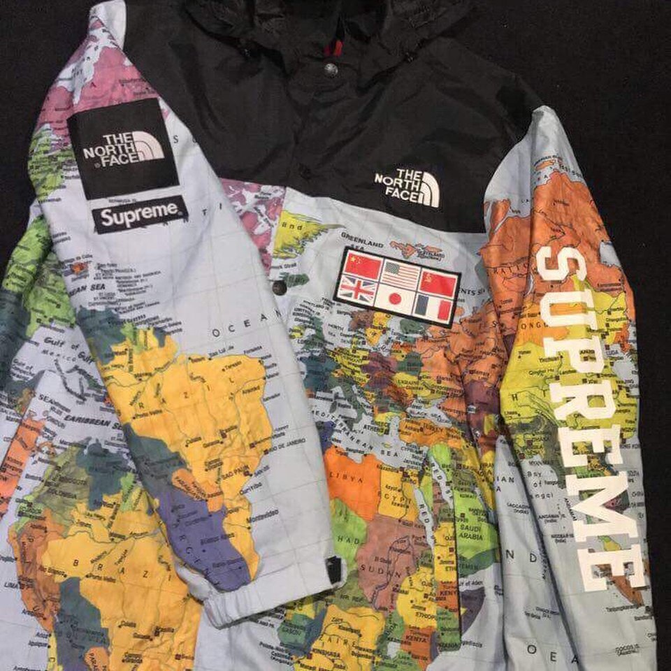 SUPREME X THE NORTH FACE world map jacket Size:... - Depop