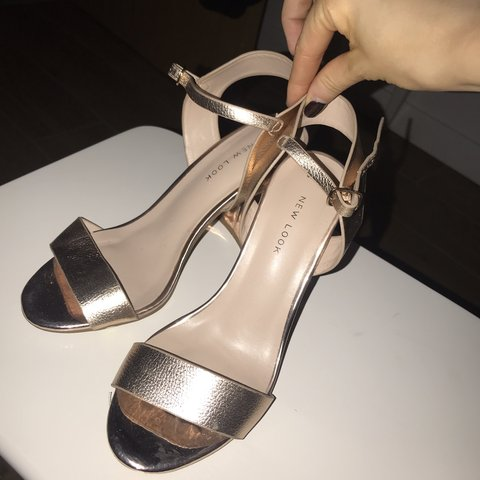 e0db08c5e2f Ladies rose gold heels block heel from new look ankle strap - Depop