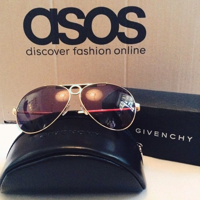 4cf2ec886a AUTHENTIC GIVENCHY aviators style glasses. Worn twice Comes - Depop