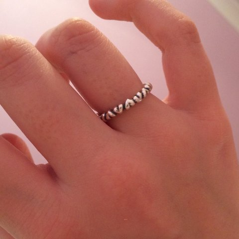 863ddcd09 @ccolgate. 3 years ago. Fetcham, Surrey, UK. Size 50 pandora heart stacking  ring - perfect condition!