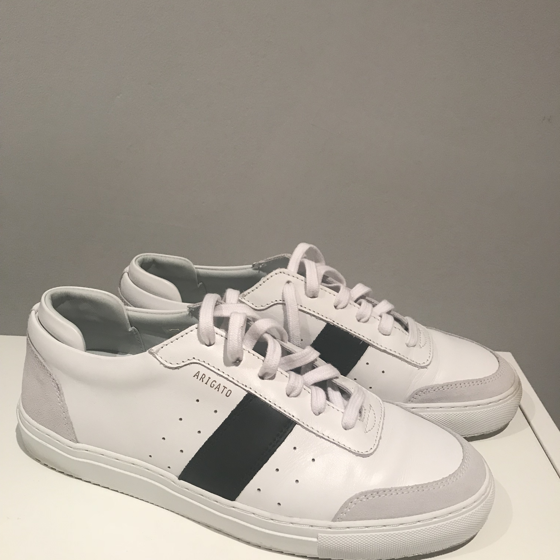 Like new Axel Arigato Dunk suede