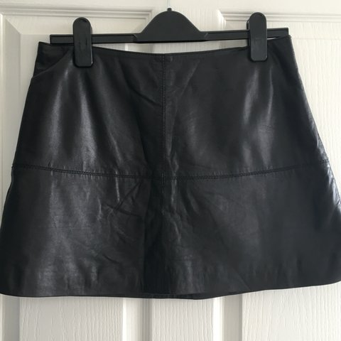 797825bc497f authentic 100% leather skirt for River Island A-line style - Depop