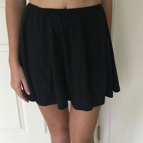93e783346 navy blue suede loose skirt: barely worn and very soft - Depop