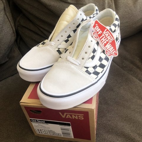f6c0e2938b02 brand new with tags in box vans checkered old skool size 9.5 - Depop