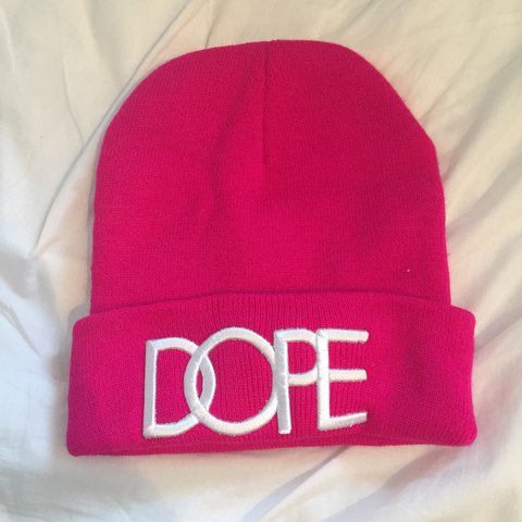 99d23bcc3e20be @task38. last year. Romford, United Kingdom. Dope beanie hat. Pink Brand new