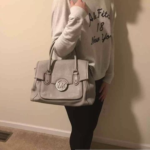 0922a5bccd30 MICHAEL KORS Gray Leather Satchel (Ignore weird pink and - Depop
