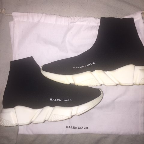 "fb8b44013253b WOMENS BALENCIAGA SPEED TRAINERS ""MID"" BLACK   WHITE 🖤 CUTE - Depop"