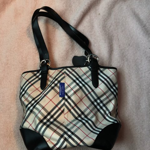 e493cef803 @alissacrim. 2 years ago. Hamilton, Canada. Nova check Burberry blue label  purse 30$ open to offers ...