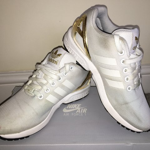 cf6151a96 White Adidas ZX Flux with gold heel UK size 4 Extent of the - Depop