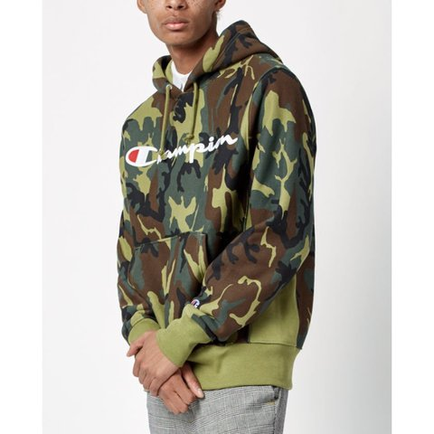 Champion camo hoodie from Pacsun! Only worn like once is dm - Depop 6b7d7331b77f