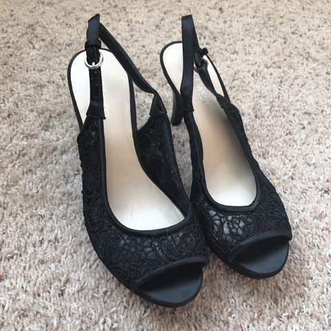 feea1adac6 @rachel272. 11 days ago. Elkton, United States. Classy and elegant Nine  West black lace heels