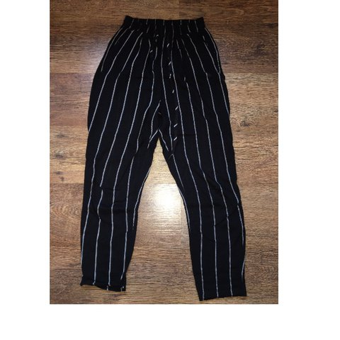 39627ade740d PRETTY LITTLE THING BLACK PINSTRIPE CASUAL TROUSERS worn - Depop