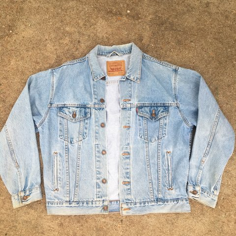 5e58f72b84 Vintage Levi Red Tab light wash denim jacket