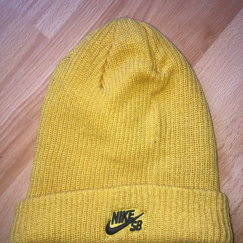 Nike SB Beanie in Mustard Yellow Never worn before so brand - Depop 45afb27ba6d