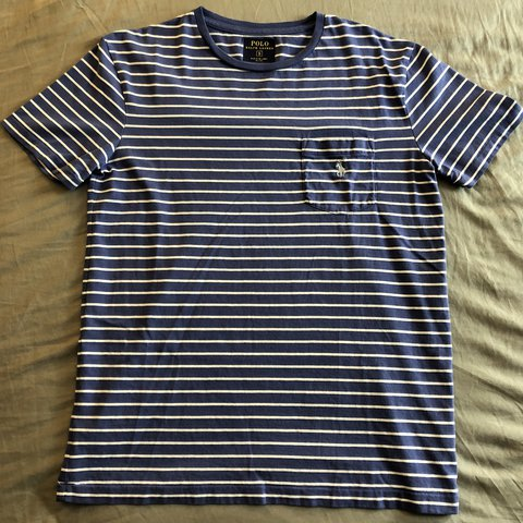 2a3d689c6 @aminr1350. last year. Tampa, United States. Polo Ralph Lauren Striped Tee  / Shirt Size Small. Bought ...
