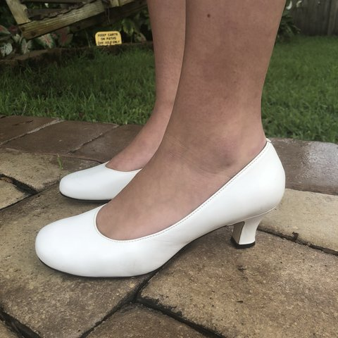 c5ad8c94da4 BABY white heels 👠 🍼 ! Perfect for a casual day. These up - Depop
