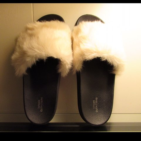 f02280738a39 Urban Outfitters Soft Faux Fur Slippers If I had nice feet