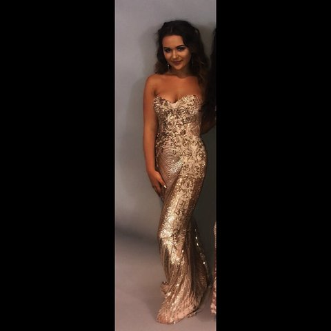 14cd7c49dcda @nikishaax. 7 days ago. Pontypridd, United Kingdom. Selling my prom dress. Gold  sequin glitter ball gown
