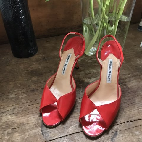 00ce40183219a @michaelapearle. 5 months ago. North Vancouver, Canada. Red Hot Manolo  Blahnik patent red heels !