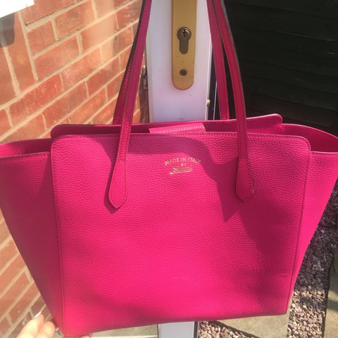 1d29c6bbdb4f  RESERVED TILL 30TH MAY  Selling my brand new GUCCI SWING IN - Depop
