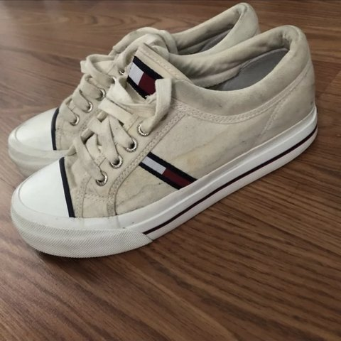 87b6f7e3 Tommy Hilfiger size 6 1/2 shoes. Good condition. Just need - Depop