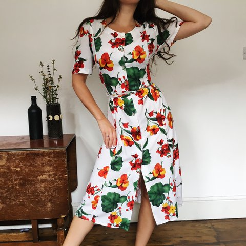 6404c0d28ef Beautiful sunny sun dress with red yellow and green hibiscus - Depop