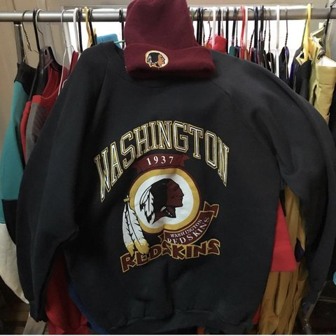 28f99a9e9 @chainsjawns. last month. Philadelphia, United States. Washington redskins  90s deadstock sweatshirt ...