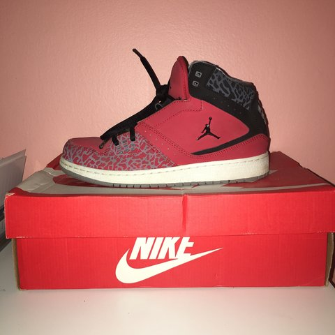 cbde0c24c3f5d8 These are Nike Air Jordan 1 Flight in size 5.5Y