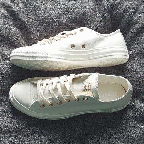 a97e491439e Women s Egret Rose Gold All Star Low Office Exclusive UK 7. - Depop