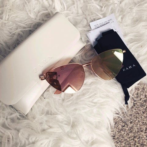 90f60eccc0 Perfect condition worn once cat eye sunglasses from Zara - Depop