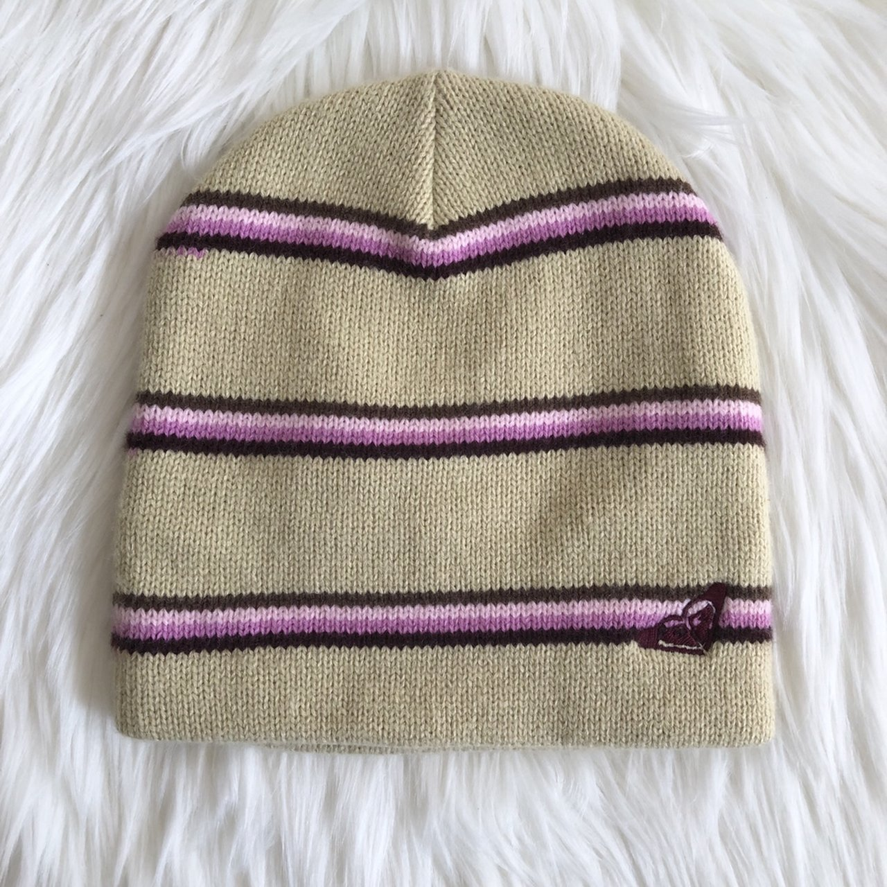 766d4b88420 NWOT Roxy beanie! Tan with purple stripes. Authentic. for me - Depop