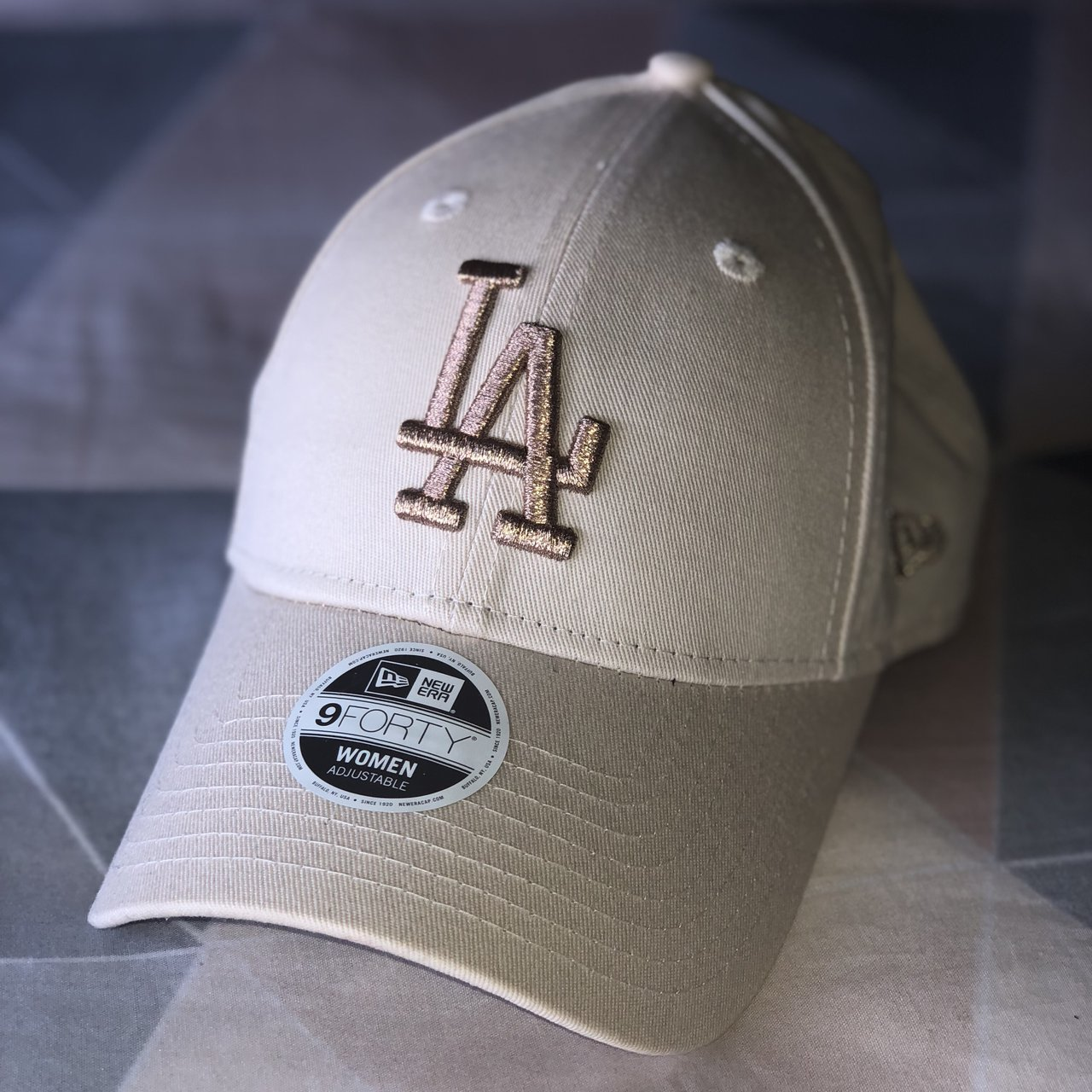 a40805970db Brand new with tags genuine new era 9forty LA cap with strap - Depop