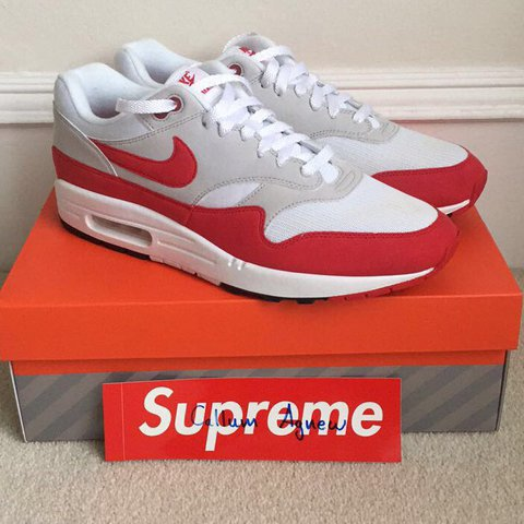 1fd9fe3855ea Nike Air Max 1 Anniversary OG 2017 9 10 condition only worn - Depop