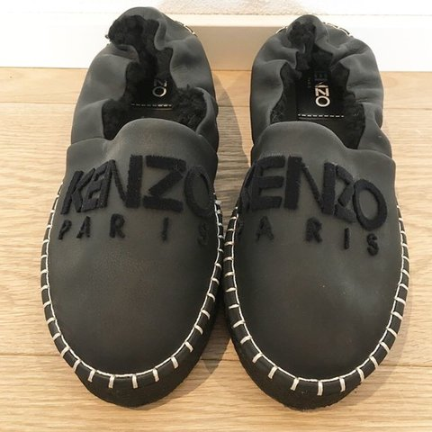 314129e0b1d @sikosa. last year. Kloten, Schweiz. Kenzo Shoes Paris worn only once. Size:  36 black 80chf