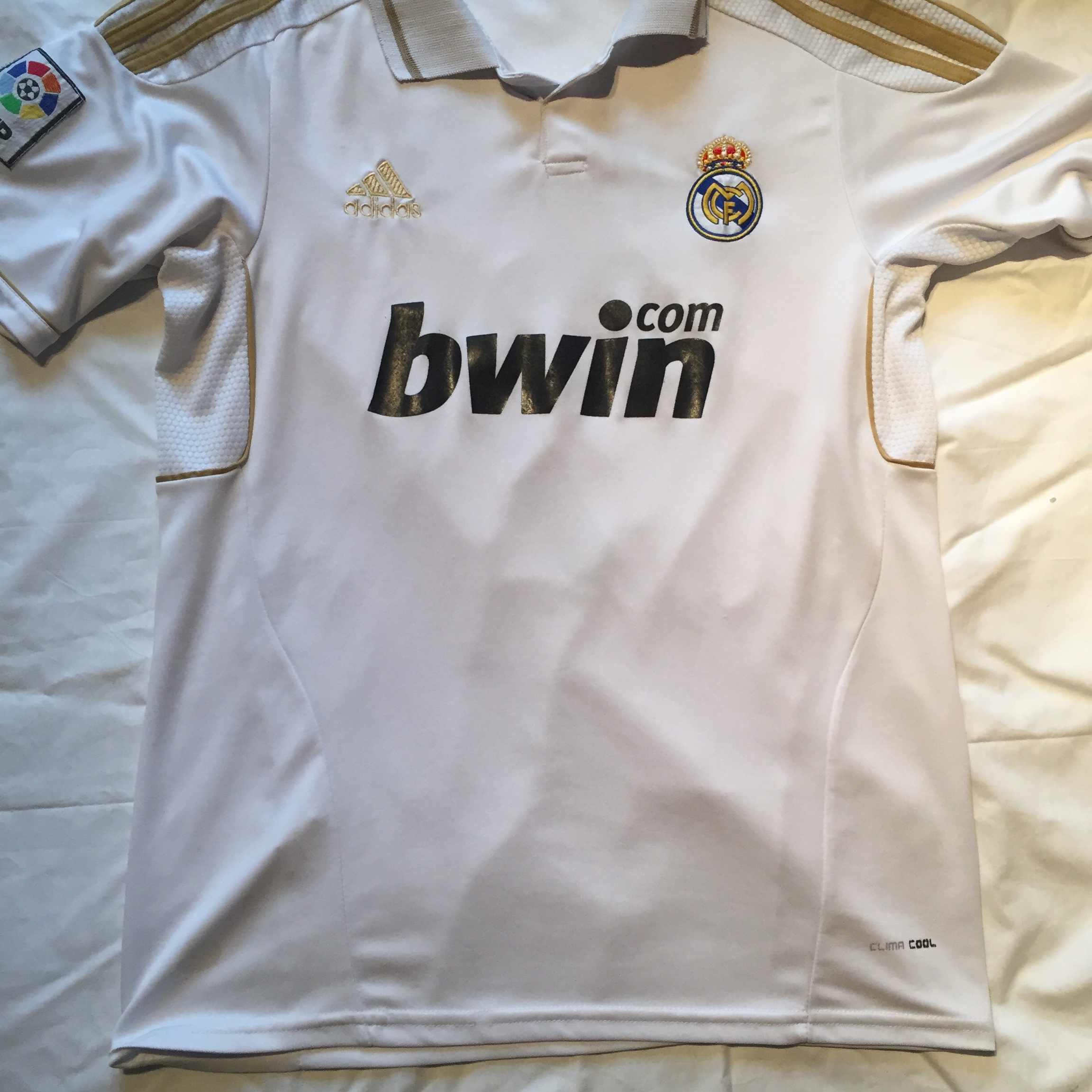 low priced 67924 25a92 CR7 Cristiano Ronaldo Real Madrid Football Jersey •... - Depop