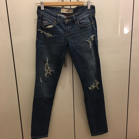 54e2e2e555630 Hollister ripped jeans. Worn once. Need a new home! W25 L29 - Depop