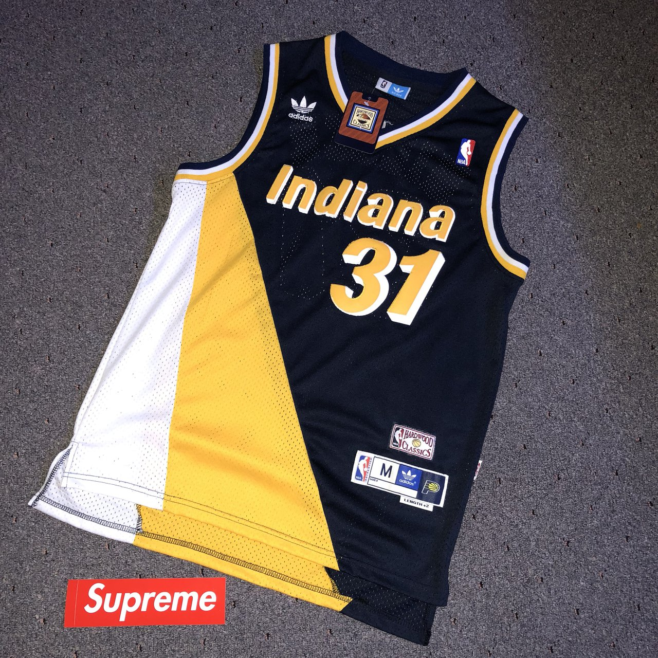 Throwback Reggie Miller Jersey M  This jersey is not new - Depop 0e9e035e053f