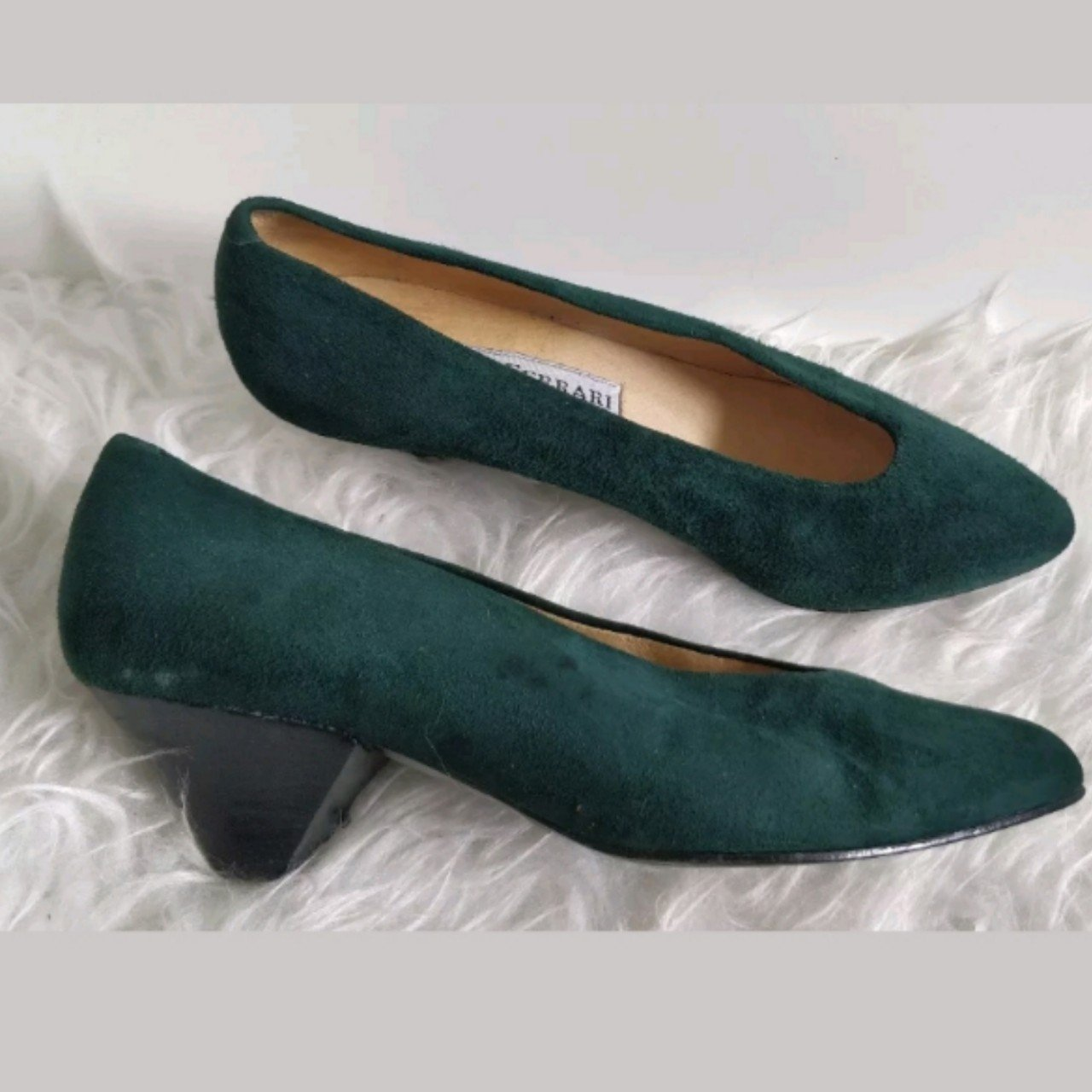 Vintage Paola Ferrari Womens Green Suede Court Shoes Size - Depop 1ac75cf28