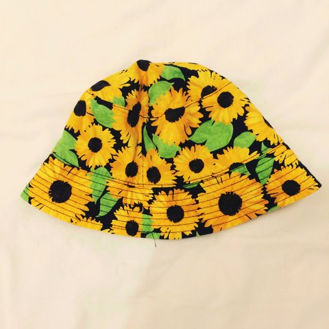 4595f9def7314 Sunflower bucket hat from H M . Sold out