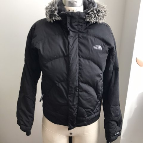 003575d35 THE NORTH FACE Girls XL BLACK WINTER DOWN SNORKEL COAT The - Depop
