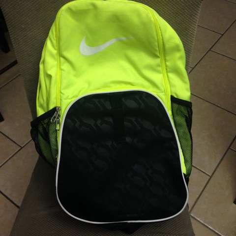 🔮Neon yellow Nike backpack 🔮used a handful of times just a - Depop