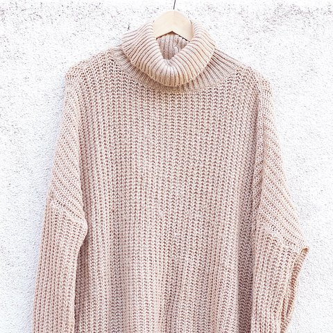 874e2ba7f Oversized turtleneck sweater from Leith (Nordstrom) size but - Depop
