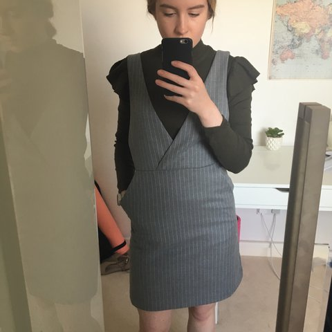 15cdb2409437 H&M grey pinafore dress, blogger fave! Brand new but it's to - Depop
