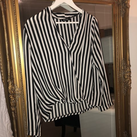 5c86d00cc24 Missguided black and white striped wrap blouse worn once, - Depop